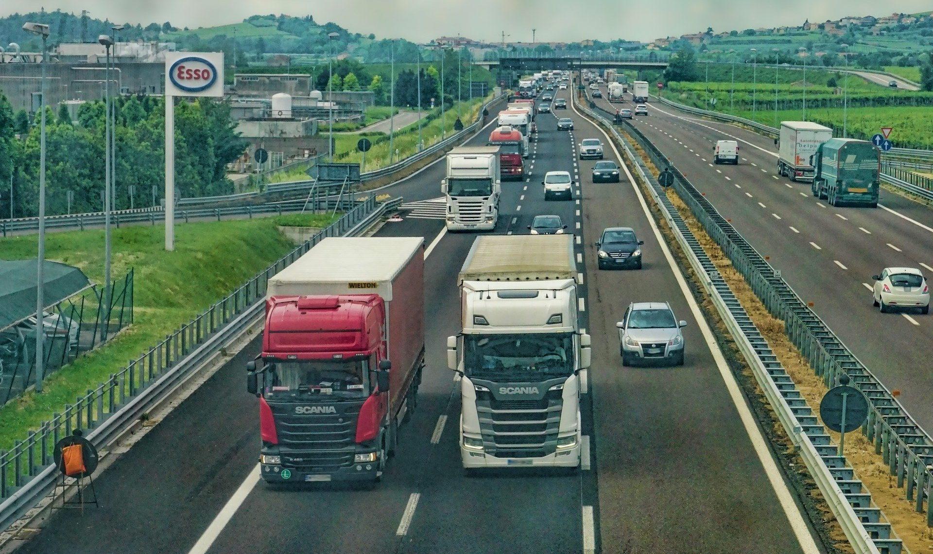 Covid-19 : levée de l'interdiction de circulation pour certains types de véhicules